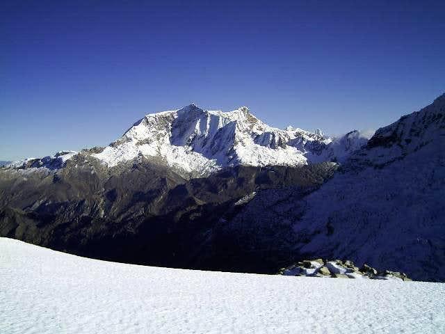 Copa (6188m) - Cordillera Blanca - Perú