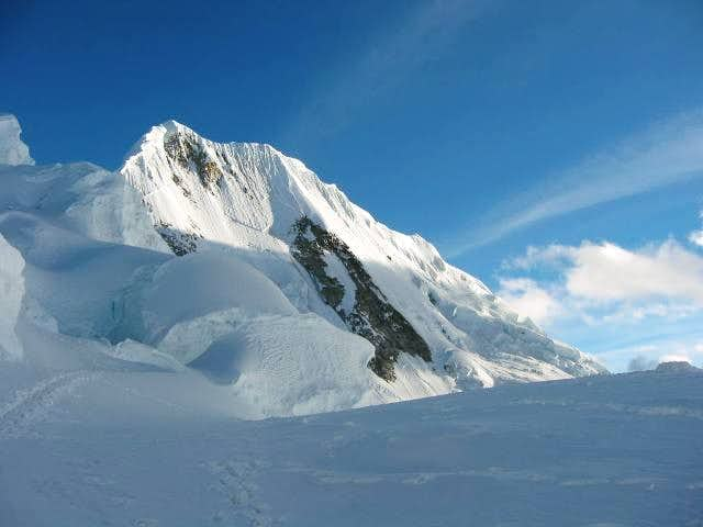 Quitaraju (6045m) - Cord. Blanca - Perú