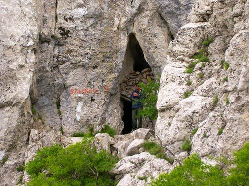 Cave shelter