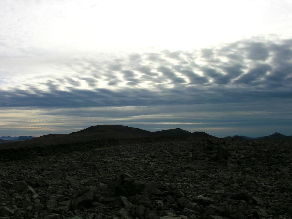 Mackerel sky over Carnedd Llywellyn