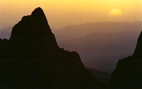 Carter Peak, Sunset