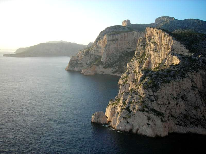 Les Calanques : Rock climbing when winter comes by