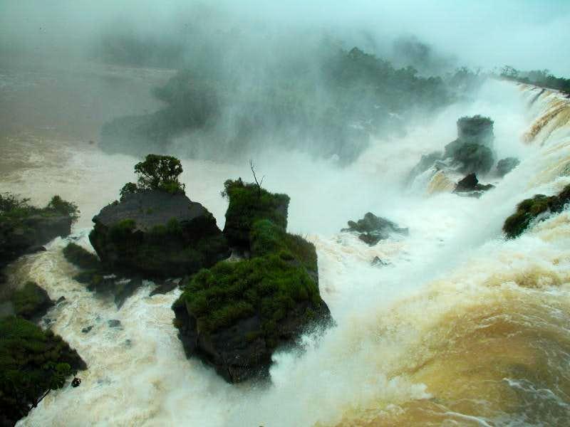Iguazu / Iguaçu Falls 10