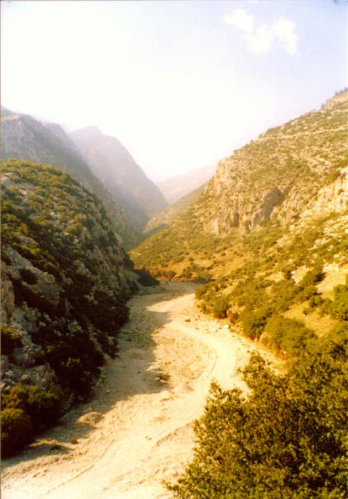 At the entrance of Reka gorge near Viniani