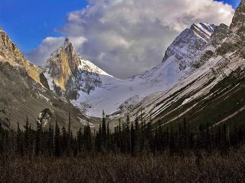 Mount Robertson and Sir Douglas