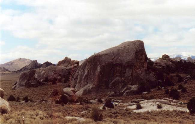 Elephant Rock. Popular routes...