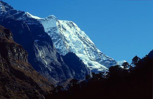 Mera Peak South West Pillar