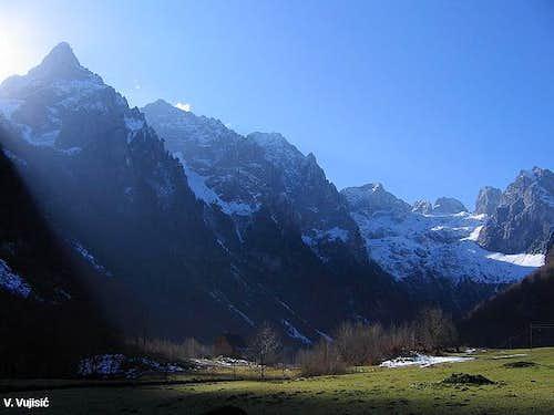 Beautiful morning in Grbaja Valley
