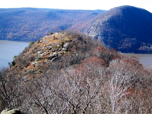 I did not break my neck on Breakneck Ridge