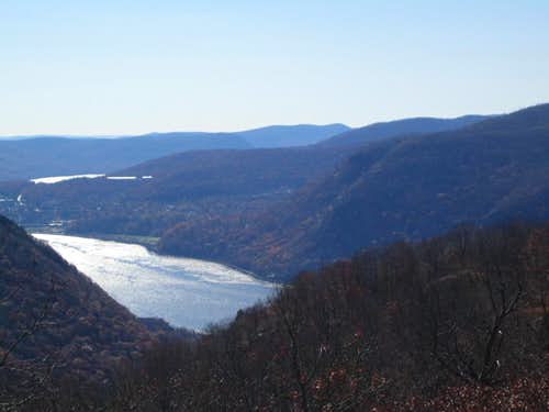 Hudson River from up high on Breakneck Ridge