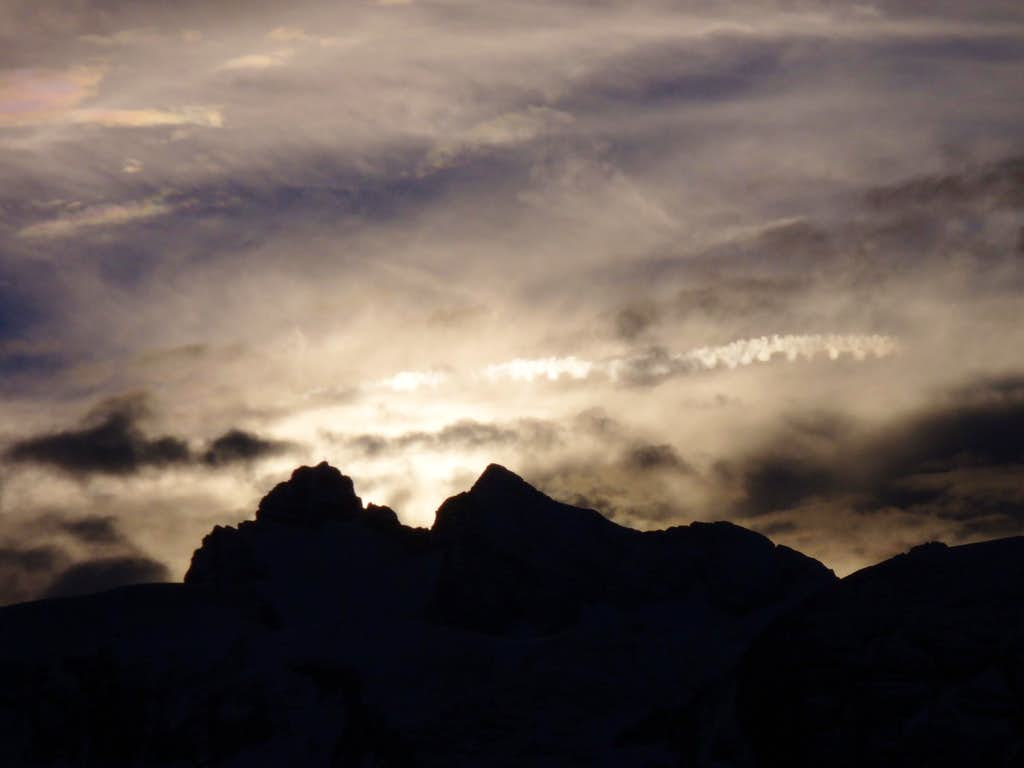 Sunset behind the Hoher Dachstein summit