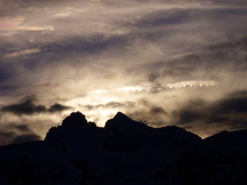 Sunset behind the Hoher Dachstein summit
