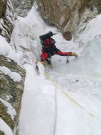 Japanese Couloir - The crux ice pitch