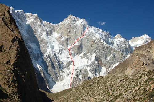 Steve House and Vince Anderson\'s Route up the SW face of Kunyang Chhish East
