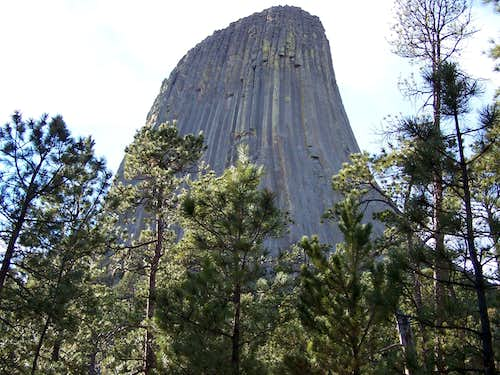 Devils Tower close-up