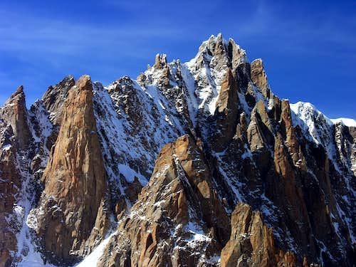Il Grand Capucin (3838 m) e il Mont Blanc du Tacul (4248 m)