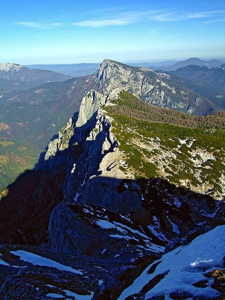 The NE ridge of Veliki vrh