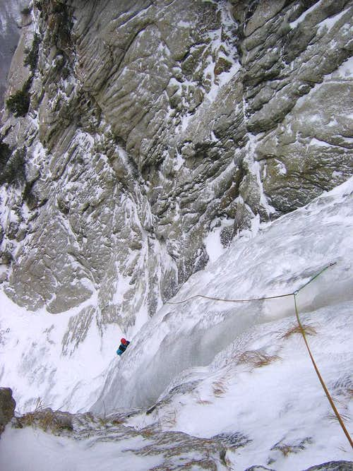 Great White Icicle - P3 Belay