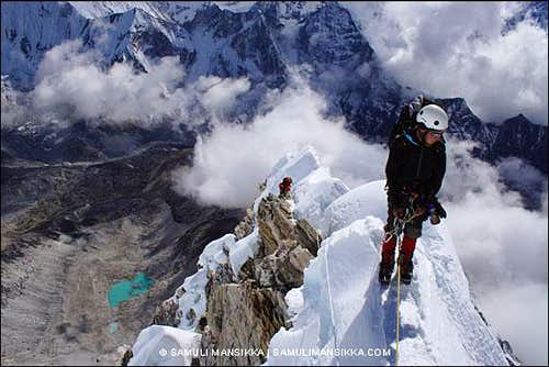 Mushroom ridge on Ama Dablam SW-Ridge