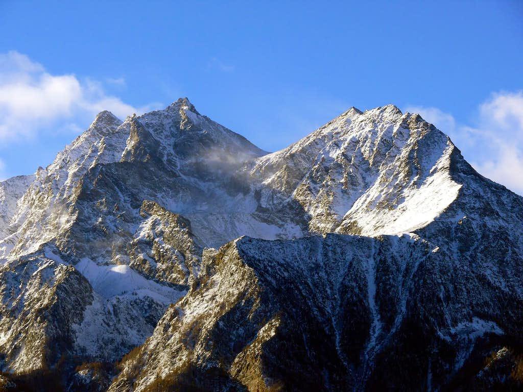 La Grande Roise (3357 m) e la Becca di Salè (3137 m), versante nord-est