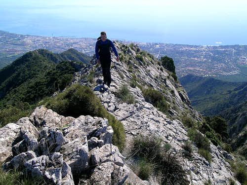 Calaña Ridge