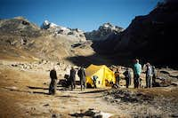 Renjo La base camp