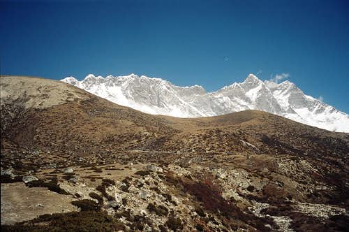 Nuptse from the Chukung valley
