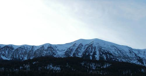 Saddle Peak, wide shot
