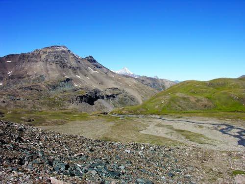 Le Penne Blanche (3254 m) e la Grivola (3969 m)