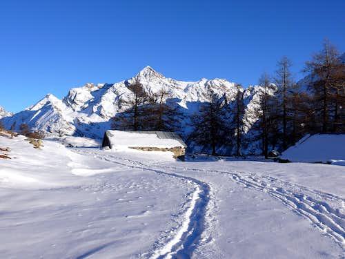 The Becca di Luseney (3504 m), from alpage Baou de Bouque