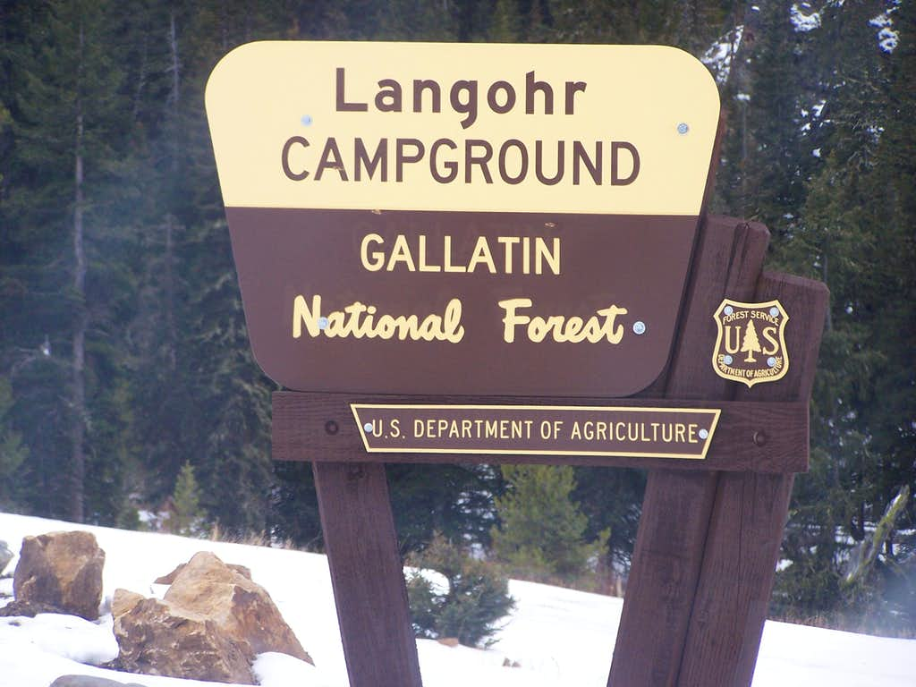 Langohr Campground sign