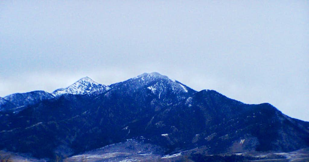 Baldy and Saddle Peak close-up