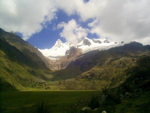 Taulliraju from the Alpamayo trek