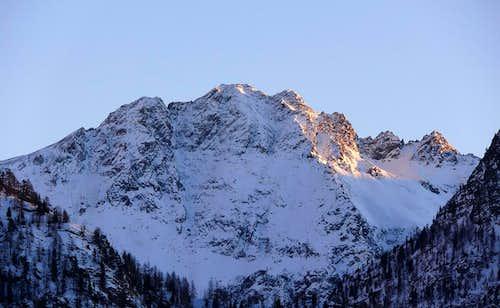 Il Monte Faroma (3073 m), versante ovest