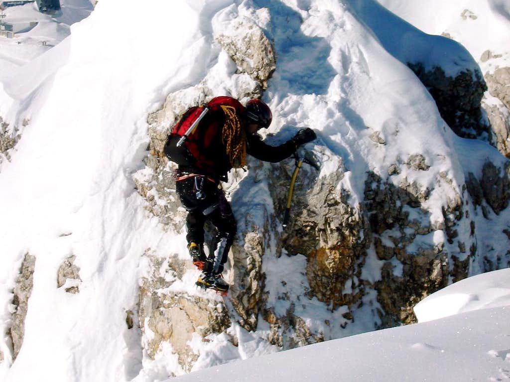 Jubiläumsgrat in Winter: Difficult climbing
