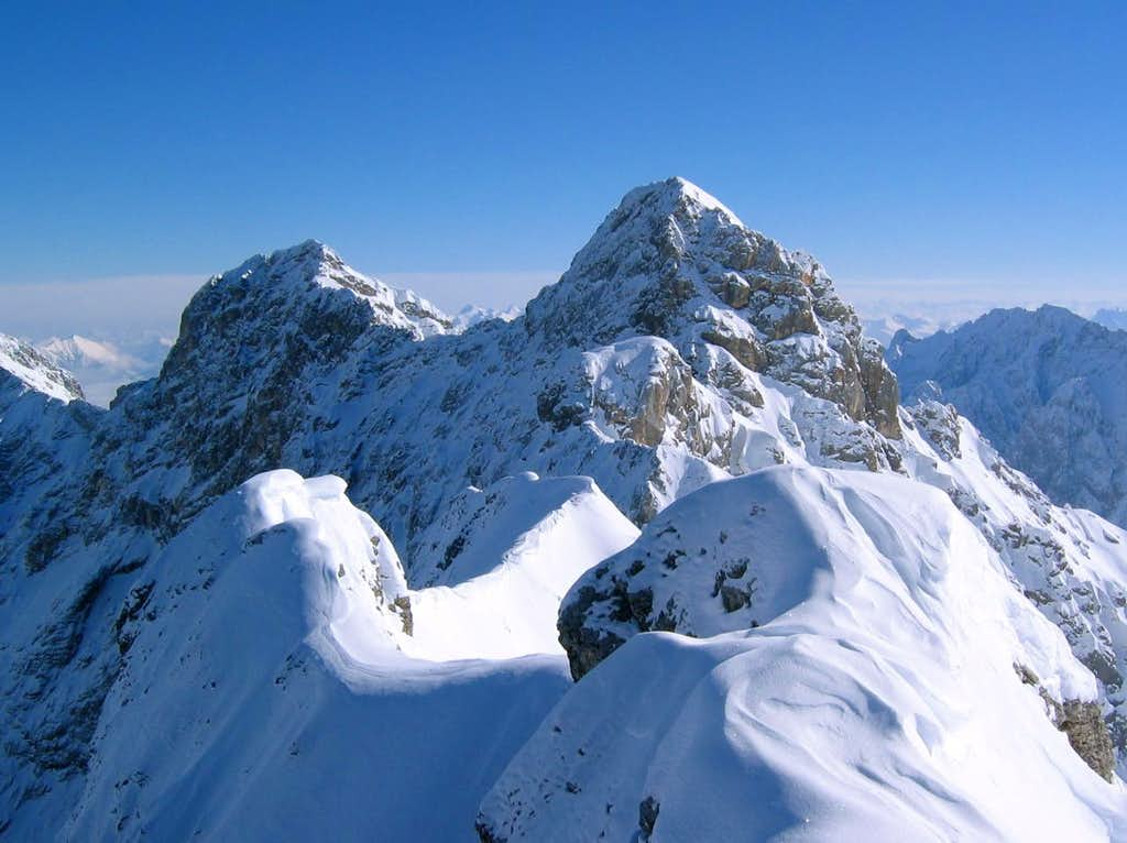 Jubiläumsgrat in Winter: The ridge is long