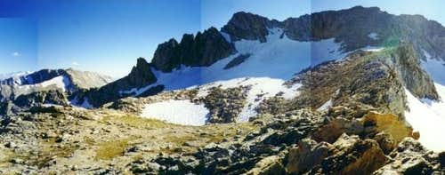 Mount Conness' summit plateau...