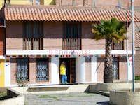 Benkawasi Hostel.