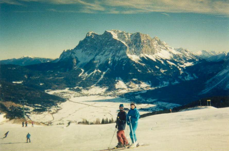Skiing across from the Zugspitze