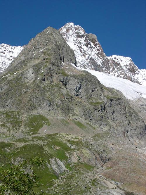 Aiguille des Glaciers <i>3817m</i> in the background behind Aiguille d\'Estellette <i>2983m</i>