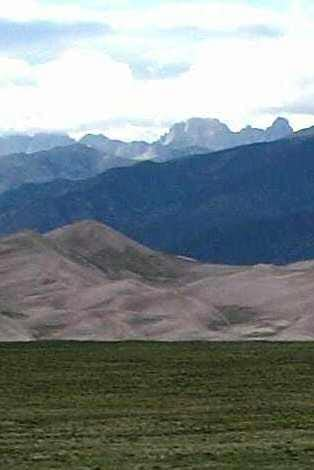 Sand Dunes and Mountains (Cropped)<BR><font color=