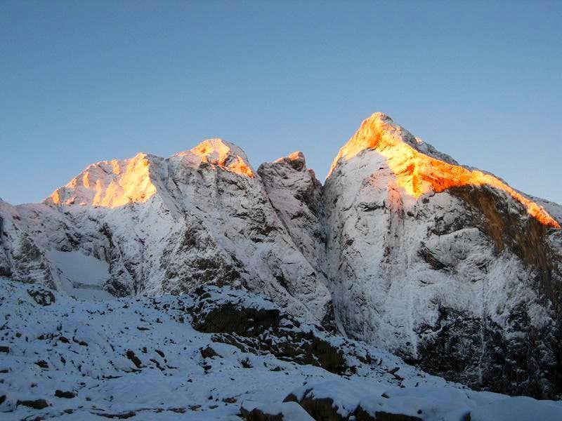 North face of Pique Longue at dawn