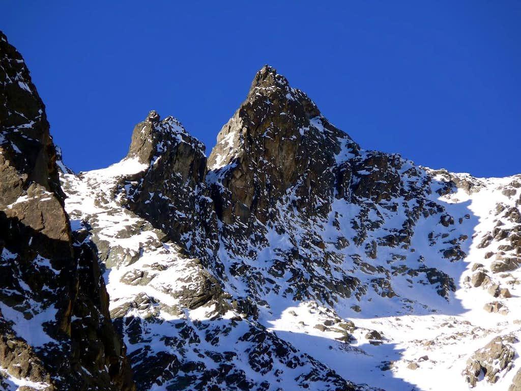 La Punta Angelo Bozzetti (2985m) e il Bec Noir de l'Aroletta (3030m)
