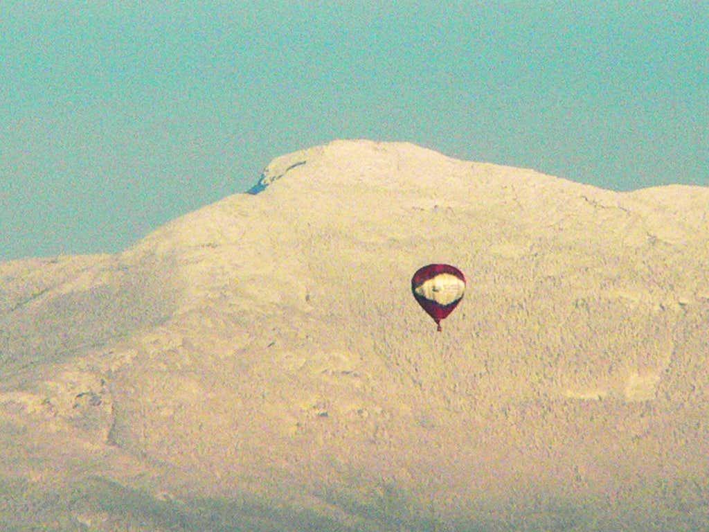 Hot Air Balloon by the Chin