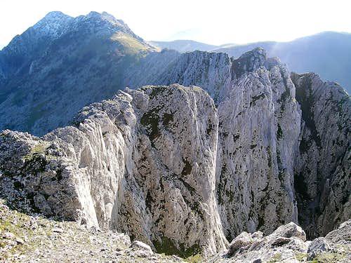Anboto ridge seen from Alluitz
