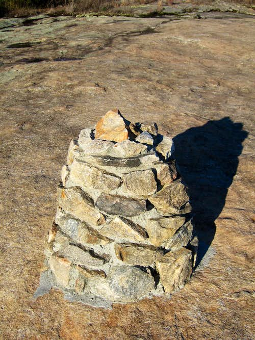 Cairn leading to the summit