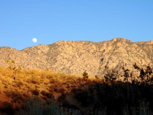 Moonrise over Skinner Peak