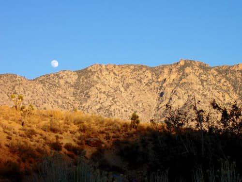 Moonrise over Skinner Peak