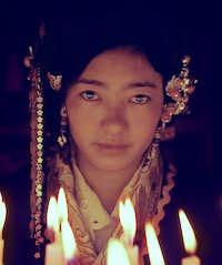 A Tibetan girl-2