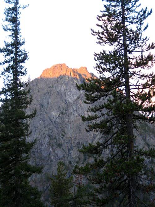Sun rises on Ingalls peak